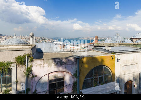 Vista sul Bosforo dalla Golden Horn, Istanbul, Turchia Foto Stock