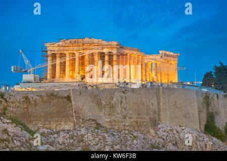 Vista serale al Partenone Acropoli di Atene, Grecia Foto Stock