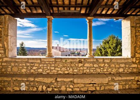 Tradizionale istriana town lodge in vista Visnjan, Istria regione della Croazia Foto Stock