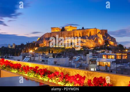 Acropolis Hill e il Partenone di Atene, Grecia Foto Stock