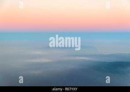 Approccio a Istanbul all'alba, Turchia - Fotografia aerea Foto Stock
