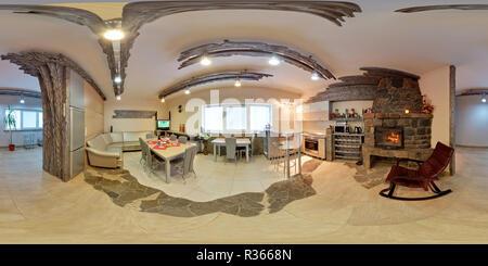 MINSK, Bielorussia - 11 settembre 2012: 360 panorama equirettangolare sferica proiezione equidistante in interier moderni loft camera cucina Foto Stock