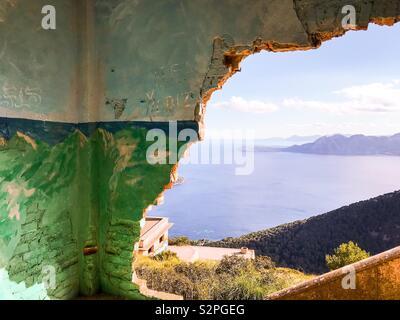 Edificio abbandonato, Formentor, Mallorca Foto Stock