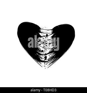 Grunge nero due pezzi di cuore isolato su sfondo bianco Foto Stock
