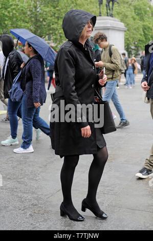 Londra, Regno Unito. 09 Maggio, 2019. Pioggia in London West End. Credito: JOHNNY ARMSTEAD/Alamy Live News Foto Stock