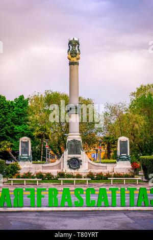 Monumento ai Caduti o War Memorial a Frascati - PROVINCIA ROMA - Lazio - Italia Foto Stock