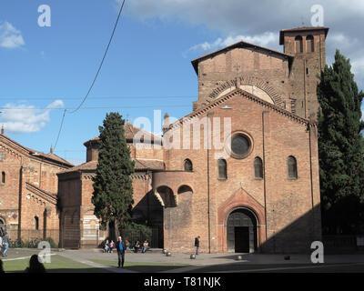 Vista della Basilica di Santo Stefano in Piazza Santo Stefano a Bologna Italia Foto Stock