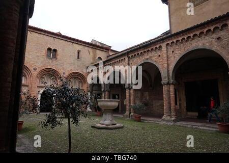 Basilica di Santo Stefano, BOLOGNA, Italia Foto Stock