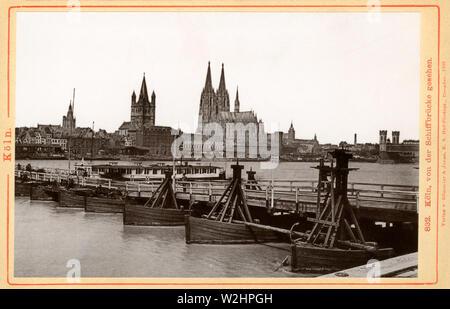 Europa, Deutschland, Renania settentrionale-Vestfalia, Köln, Testooriginale : ' Köln, von der Schiffbrücke gesehen ' , mit Blick auf den Kölner Dom , herausgegeben Foto Stock