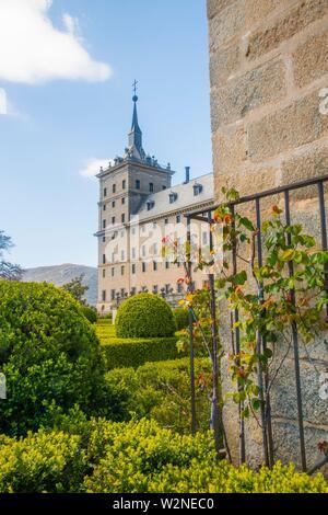 Il monastero reale. San Lorenzo del El Escorial, provincia di Madrid, Spagna. Foto Stock