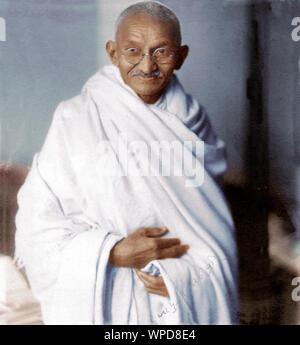 Raro studio fotografico del Mahatma Gandhi prese a Londra Foto Stock