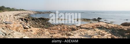 Vista sull'Oceano Atlantico vicino a bretella Cove in Gloucester, Massachusetts, STATI UNITI D'AMERICA. Foto Stock