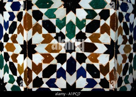 I tradizionali colorati piastrelle marocchine in marrakech marocco