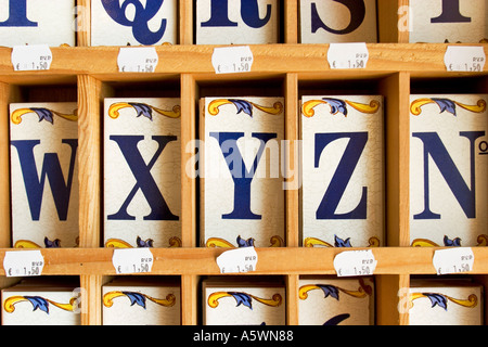 Lettere mattonelle in ceramica componibili insegna amazon