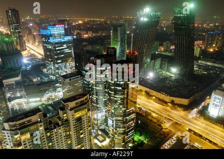 Il Distretto Centrale degli Affari CBD con sede TVCC constructon sito nella notte di Beijing in Cina 30 Ago 2007 Foto Stock