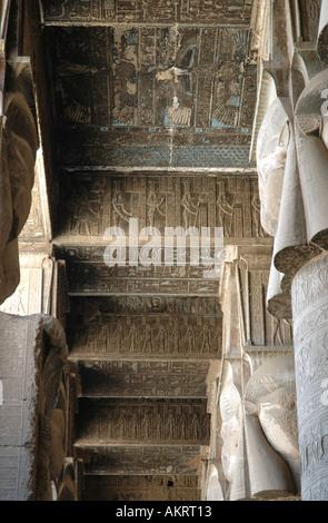 Tempio di Denderah massimale in Hypostyle Hall Egitto Foto Stock