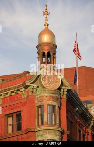 Sun Trust Bank building cupola dorata New York Ave & xv St NW Washington DC attraverso dalla Casa Bianca e del Dipartimento del Tesoro