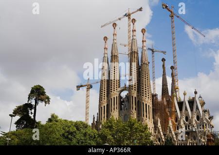 La Sagrada Familia, architetto Antoni Gaudi, Modernismo Eixample, il segno distintivo della città, Barcellona, in Foto Stock