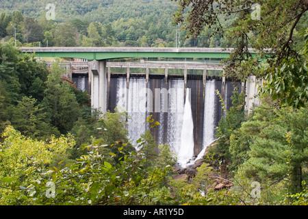 Idro-elettrico di diga sul fiume Tallulah Tallulah a gola nel Nord della Georgia, Stati Uniti d'America Foto Stock