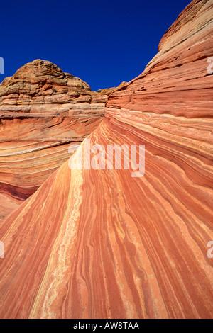 Moto vorticoso formazione di arenaria noto come l'onda Coyote Buttes Paria Canyon Vermiglio scogliere deserto Arizona Foto Stock