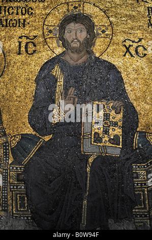 Mosaico bizantino di Gesù nell'Hagia Sophia, Istanbul, Turchia Foto Stock