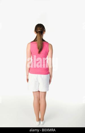 pretty nice f8b45 e5b53 Brunette girl (13-14 anni) nell'abbigliamento sportivo ...