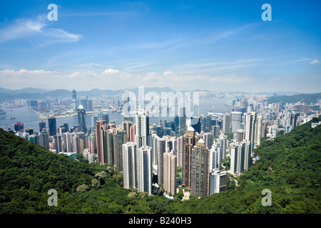 Skyline di Hong Kong. Vista panoramica di Hong Kong e Kowloon da Victoria Peak Tower. Hong Kong, Cina, SAR, su una Foto Stock