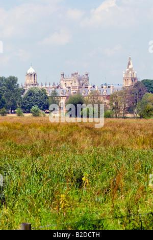Oxford, Inghilterra. Christ Church College dalla Chiesa di Cristo Prato Foto Stock