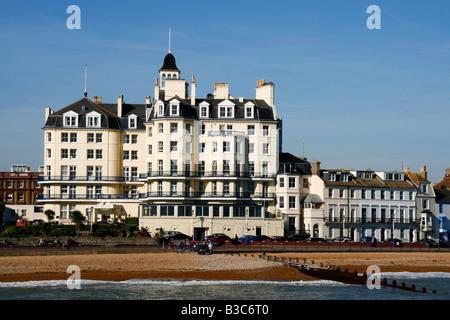 Inghilterra, East Sussex, Eastbourne. Eastbourne è situato all'estremità orientale del South Downs accanto al famoso Foto Stock