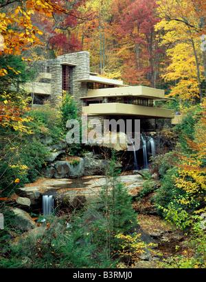 FALLINGWATER, Frank Lloyd Wright progettato a casa per la famiglia Kaufmann, 1936. BEAR RUN, Pennsylvania, Stati Foto Stock