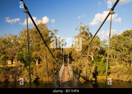 Ponte di sospensione, Fiume Avon, York, Australia occidentale, Australia Foto Stock