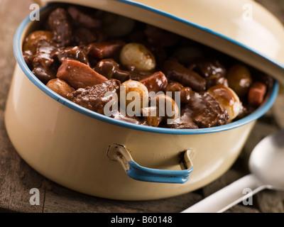 Casseruola con carni bovine Bourguignonne Foto Stock