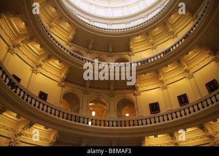Una vista all'interno della cupola della creazione del capitale di Austin Texas USA Foto Stock