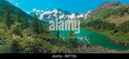 Poperechnoye Lago. La Cresta di Katun, montagne di Altai, Siberia, Federazione russa Foto Stock