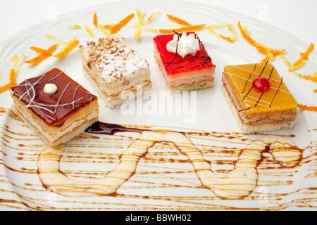 Dulces y Pasteles Dolci e Torte Foto Stock
