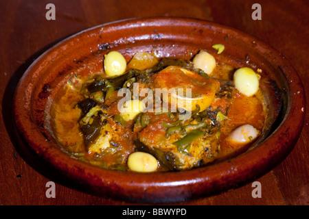 Tagine di pesce a Rabat il Marocco Foto Stock