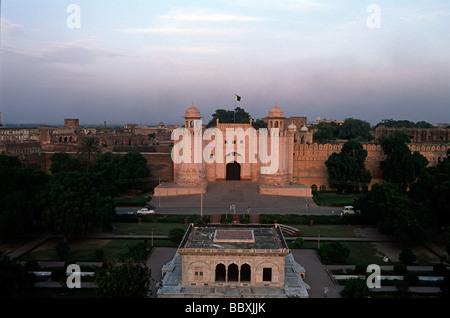 Il Pakistan regione del Punjab Lahore Lahore Fort Alamgiri Gate Foto Stock