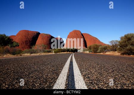 Strada per Kata Tjuta National Park Central Australia Foto Stock