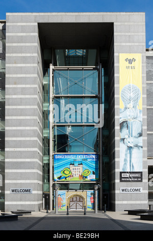 Ingresso al Royal Armouries Museum, Clarence Dock, Leeds, West Yorkshire, Inghilterra Foto Stock