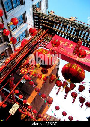 Anno Nuovo Cinese,Soho Londra mare di colore rosso,celebrazione annuale festa culturale.lanterne.uk