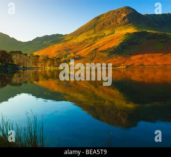 Lago Buttermere Parco Nazionale del Distretto dei Laghi Cumbria Inghilterra England Foto Stock