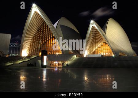 Sydney Opera House, NSW, Australia di notte Foto Stock