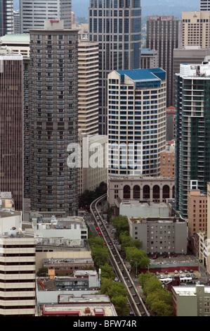 Vista aerea del centro cittadino di Seattle girato da open-air observation deck dello Space Needle Foto Stock