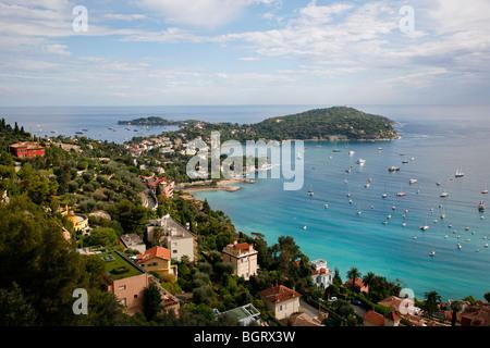 Vista di Villefranche sur Mer, Cote d'Azur, Alpes Maritimes, Provenza, Francia. Foto Stock