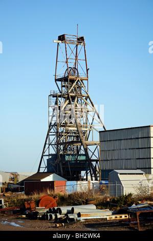 Il copricapo ridondanti a south crofty miniera di stagno vicino a camborne  in cornwall f7c9a0cc2f40