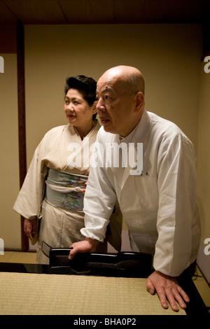 Le esclusive sale da pranzo private club/ristorante 'M' IBU, posseduto dallo Chef Hiroshi Ishida (67yrs old) e moglie Foto Stock