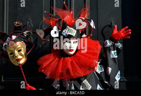 In costume di carnevale partecipante del Gesuiti quartiere di Venezia Italia Foto Stock