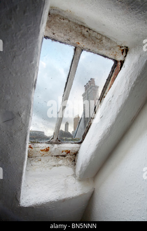 Vecchio lucernario finestra Foto Stock