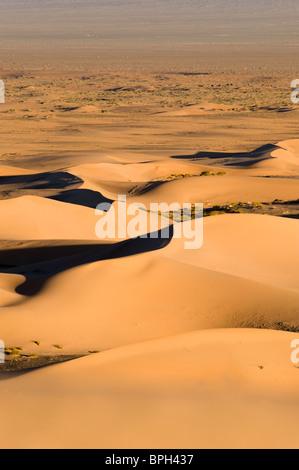 Khongoryn Els dune di sabbia nel sud del deserto dei Gobi Mongolia inverno Foto Stock
