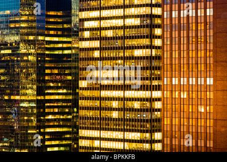 Grattacielo in dettaglio windows Foto Stock